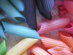 Colored pasta for crafts -   You only need pasta, hand sanitizer, food dye and ziplocs!