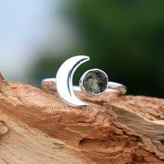 Raw Gemstone Ring, Labradorite Ring, Handmade Rings, Earrings Handmade, Crescent Ring, Meteorite Ring, Raw Gemstones, Boho Rings, Silver Earrings
