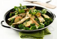 Hühnerstreifen-Salat mit Kräutersaitlingen