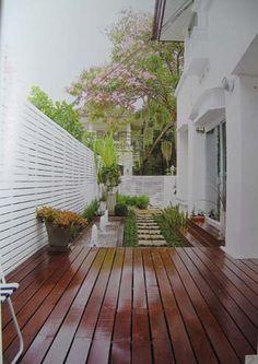 small garden idea - Outdoor-Courtyards