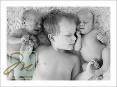 newborn twin photo ideas