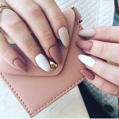 Make an original manicure for Valentine's Day - My Nails Aycrlic Nails, Nail Manicure, Manicures, Art Nails, Minimalist Nails, Pastel Nails, Pink Nails, Glitter Nails, Nagellack Design