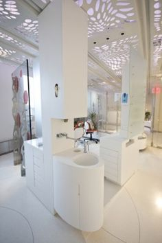 Another modern dental office in Design Design Decor Dental Office Decor, Medical Office Design, Dental Offices, Spa Interior, Office Interior Design, Office Interiors, Dental Design, Clinic Design, Architecture