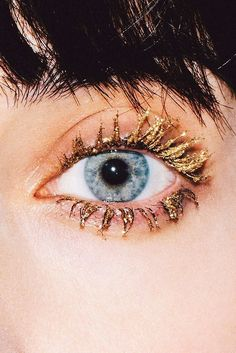 Gold lashes. Because why not?