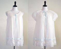 #vogueteam #etsygifts 1950s Chiffon Peignoir Set Like New Blue and by YellowBeeVintage