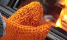 Mountain Colors Bearfoot Ravelry: Candelabra Socks pattern by Chrissy Gardiner