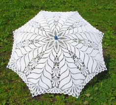 Pretty crochet umbrella ️with diagram. Crochet Fabric, Crochet Home, Knit Or Crochet, Filet Crochet, Irish Crochet, Crochet Doilies, Lace Umbrella, Parasol, Lace Patterns
