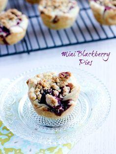 Mini Blackberry Pies from @Carrian Feik Cheney - Sweet Basil