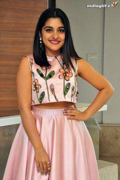South Indian Actress Hot, Indian Actress Photos, Indian Actresses, Nikesha Patel, Beautiful Saree, Indian Girls, Kids Wear, Photography Poses, Bollywood