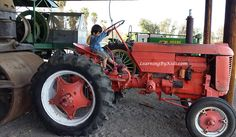 Tractors at the Antique Gas & Steam Engine Museum  | Learning By Kids | LearningByKids.com