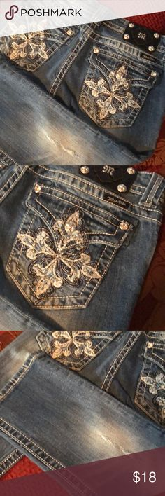 Miss Me Capri Size 28 Miss Me Capri's , Size 28, inseam 20 inches,, embellished with beads and jeweled in pockets and in front button and side pockets....worn 1 X Miss Me Jeans
