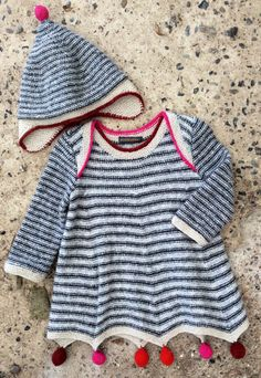 Skirt and sleeves are worked in the round - upper part of dress is worked flat. Crochet For Boys, Knitting For Kids, Baby Knitting, Baby Jessica, Dress Hats, Baby Cardigan, Cute Baby Clothes, Baby Sweaters, Baby Outfits
