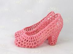 Vintage Decor Hand Crocheted High Heels  How are these even possible to make?? so cool