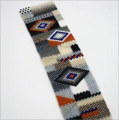 off loom beading stitches Peyote Stitch Patterns, Bead Loom Patterns, Jewelry Patterns, Beading Patterns, Loom Bands, Seed Bead Jewelry, Beaded Jewelry, Wonderful Day, Bracelets