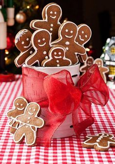 Gluten Free Gingerbread People Cookies #glutenfree #simplyglutenfree