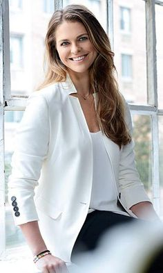 New portraits of Princess Madeleine of Sweden