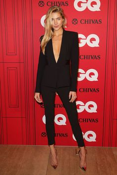 Jessica Hart in Sleek Black Jess Hart arrives at the GQ Men of the Year awards at the Ivy Ballroom on November 19, 2013 in Sydney, Australia.