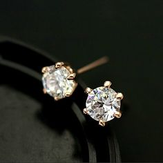 Six Claws 5mm 0.5ct Stellux CZ 18K Real Gold by BlueroseFashion, €6.00