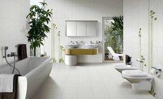 #Baño grande con muchas plantas