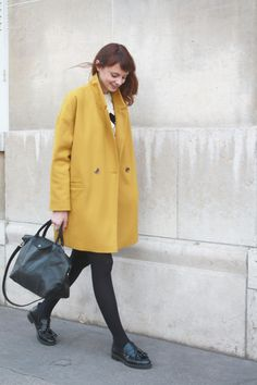 How to wear mustard Yellow? With black of course! Check out more matches on my blog http://dresslikeaparisian.com/how-to-wear-mustard-yellow/