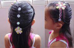 Las trenzas que hacemos en peinados para niña, son peinados fáciles de hacer. En este video te enseñamos las trenzas paso a paso