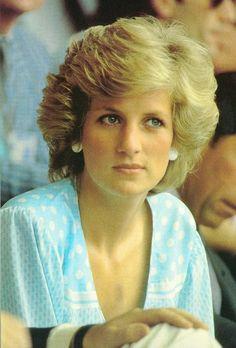 Princess Diana~Love this!!  So just naturally beautiful!