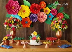 70th Birthday Party Ideas For Mom, Mexican Birthday Parties, Mexican Party Decorations, Birthday Party Decorations, Fiesta Theme Party, Party Themes, Mexican Themed Weddings, Flamingo Birthday, Paper Flowers