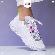 De 36 beste afbeeldingen van Nike React in 2020 | Nike, Nike
