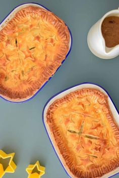 Delicious leek & mushroom pie with shortcrust pastry and mustard seasoning. This is the ultimate vegetarian pie recipe for entertaining & impressing guest.