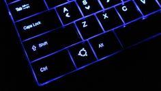System76 - Ubuntu Laptop - Bonobo Extreme with glowing Ubuntu key