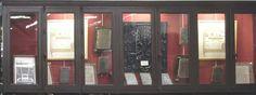 vitrine du magasin S. Poursin Paris, Rue, Windows, Curtains, Leather, Home Decor, Glass Display Case, Store, Montmartre Paris