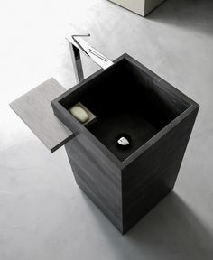Wash basin Vegni by Karol. Not sure if it is concrete, but can definitely be made with concrete!