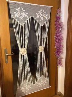 Crochet Curtain Pattern, Crochet Curtains, Beaded Curtains, Curtain Patterns, Curtain Designs, Crochet Patterns, Filet Crochet, Crochet Diy, Crochet Home