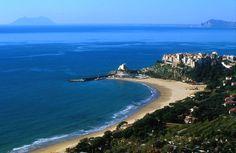 spiagge piu belle di italia Sperlonga province of Latina , Lazio region Italy