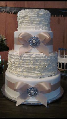 Cakes by Catie Conway AR Buttercream and fondant wedding cake