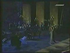 Andrea Bocelli & Celine Dion Duet -The Prayer Magical Christmas, Christmas Music, Christmas Movies, Say Goodbye Lyrics, Christmas Duets, The Pogues, Sarah Brightman, Michael Buble, Celine Dion
