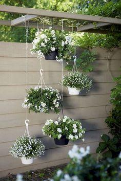 11 inspiring flower garden ideas for backyard simple but beautiful - Diy Garden Projects Backyard Garden Design, Diy Garden, Spring Garden, Garden Projects, Garden Pots, Herb Garden, Backyard Patio, Modern Backyard, Backyard Privacy