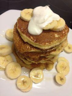 Een perfect ontbijt voor het hele gezin. Deze banaan-havermout pancakes zijn super lekker en gezond!