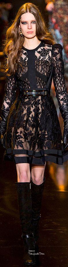 Elie Saab Fall 2015 Ready-to-Wear Fashion Show