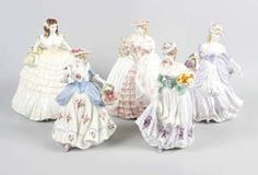 LOT:38 | Nine Coalport figurines