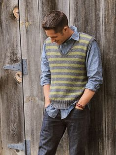 men's striped vest Design by Melissa LaBarre This classic layering piece gets a modern update with a close-fitting design and a subtly asymmetrical stripe pattern. Made with your choice of Sport Weight or Melange yarns from Blue Sky Alpacas.