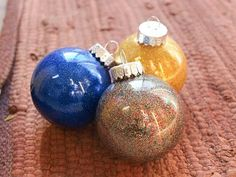 These ornaments are cute and extremely easy to make. Floor finish is the secret material used in this project that works surprisingly well....