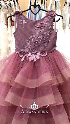 Flower girl dress - Little Lady - online store Alexandrina Baby Girl Party Dresses, Birthday Dresses, Little Girl Dresses, Girls Dresses, Flower Girl Dresses, Baby Dress Design, Kids Gown, Kids Frocks Design, Girl Dress Patterns