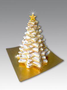 Cookies Christmas Tree Star Ideas For 2019 Gingerbread Christmas Tree, Christmas Tree Star, Christmas Tree Cookies, Christmas Snacks, Christmas Cooking, Holiday Treats, Xmas, Super Cookies, Fun Cookies