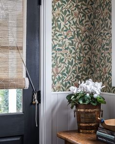 Woven Blinds, Wainscoting, Cottage Style, Window Treatments, Valance Curtains, Design Projects, Home Furniture, Lights, Interior Design