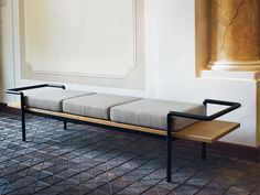 Gastone Rinaldi T 904 Bench - Gastone Rinaldi was one of the biggest experts and fans of curved tubular technology in Italy. The T 904 bench, a historic piece revisited by Poltrona Frau, is a fine example. Steel Furniture, Home Furniture, Furniture Design, Furniture Plans, Industrial Design Furniture, Sofa Design, Interior Design, Steel Sofa, Sofa Bench