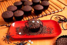 Sjokolademuffins - edderkopp Butter Dish, Recipies, Ben, Cupcakes, Dishes, Baking, Desserts, How To Make, Food