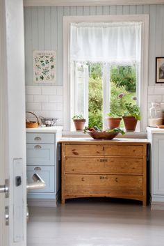 Renovating a Farmhouse Kitchen in Norway - Liv Sandvik Sakobsen