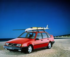 Volvo 440 – A Forward-Looking Volvo Volvo 440, Classic Car Magazine, Car Buying Guide, Vans Top, Cars Uk, Volvo Cars, Sports Models, Cute Cars, Car Photos