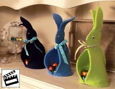 In attesa di riuscire a immortalare il coniglio pasquale, la nostra specialista di bricolage e sua figlia hanno già preparato alcuni lavoretti per Pasqua che desideriamo presentarti con le nostre istruzioni video. Buon divertimento!